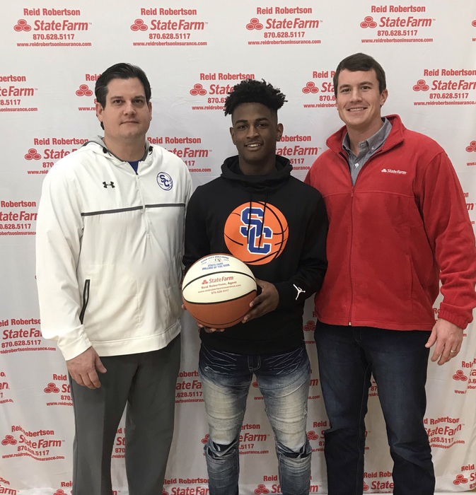 Congrats to Marvion Scott for being selected as State Farm Player Of The Week! Marvion had 17 pts and 27 pts in our 2 wins Last week. He was also 13-13 from the foul line !! #FASTER