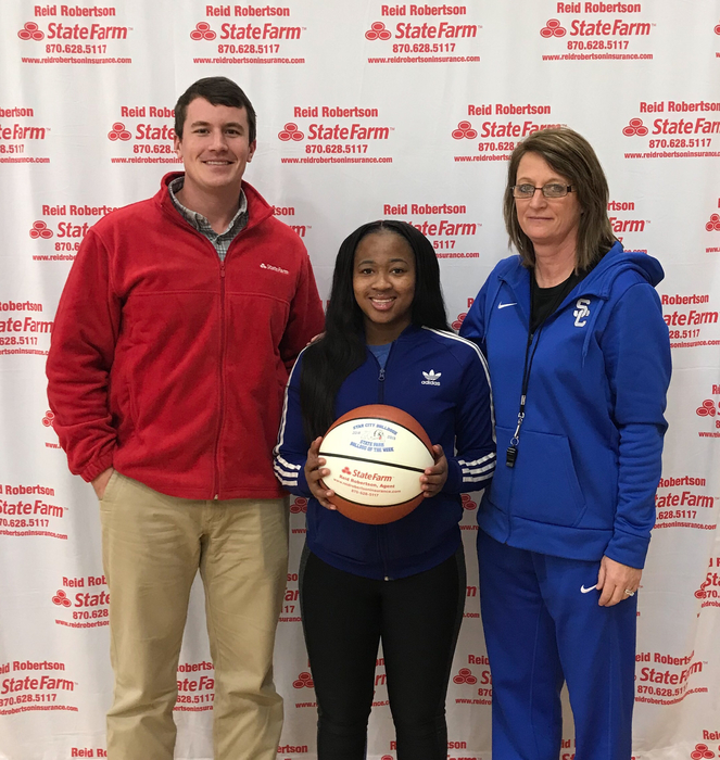 Congratulations to Amber Weatherspoon for being selected as State Farm Player Of The Week! She gave the Ladydogs a huge spark off the bench with her defensive effort!!