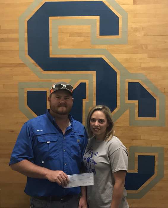 Special Thanks to Cody and Samantha Graham of Carla's Cafe for such a generous donation of $500 to the Boys Basketball program!